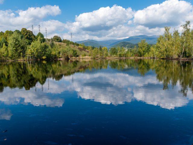 Gudrónové jazero pri Predajnej