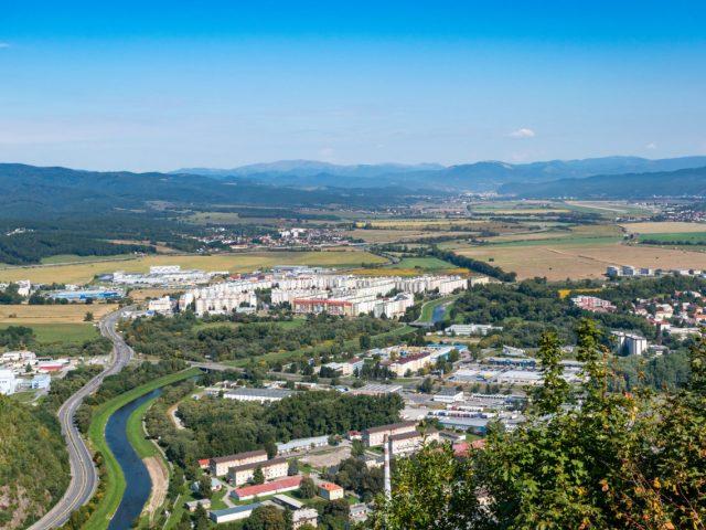 Výhľad z Pustého hradu na Zvolen-Západ