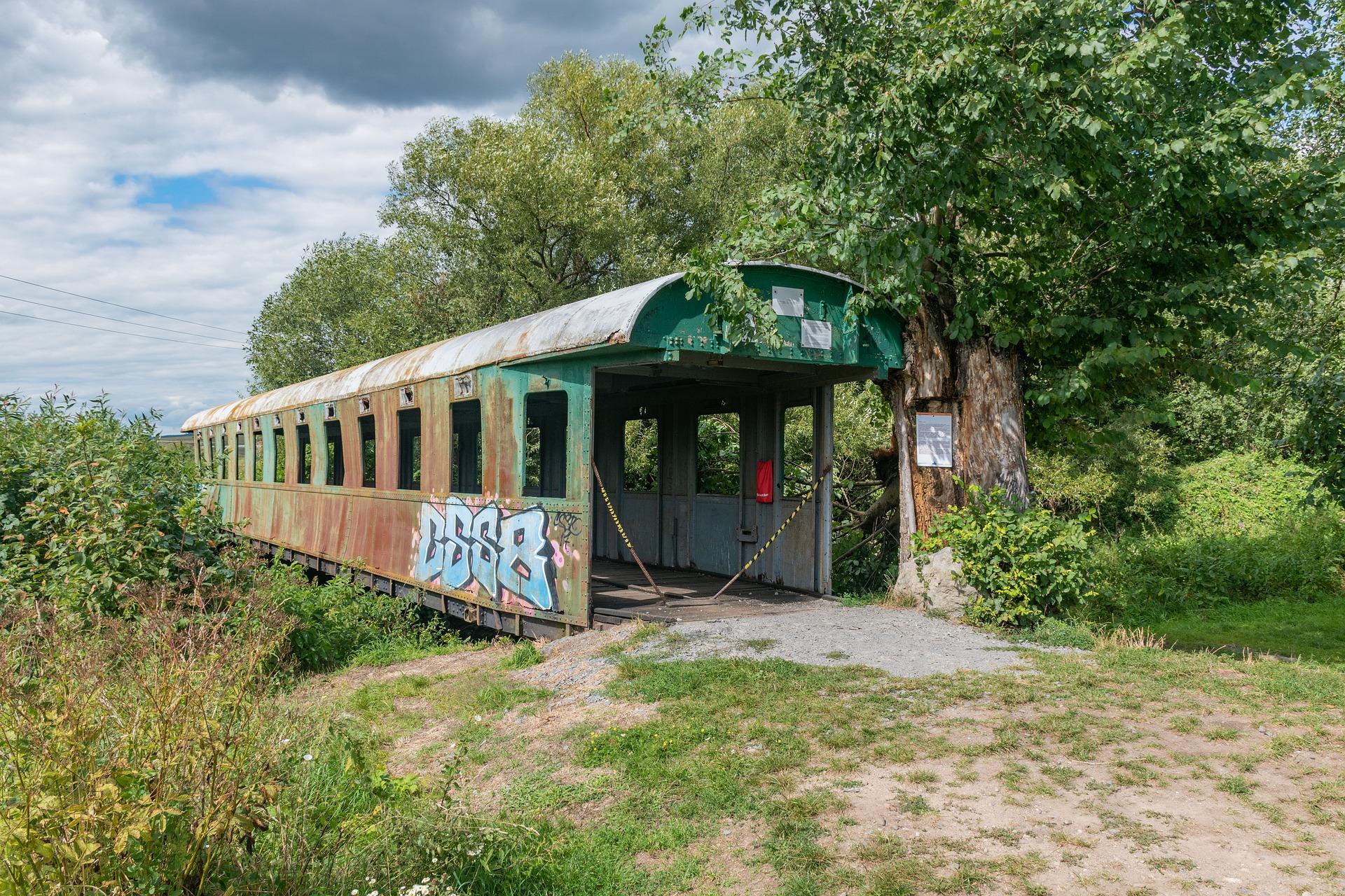 Most zo starého železničného vagóna